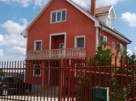 Casa de vacanta OPRIS
