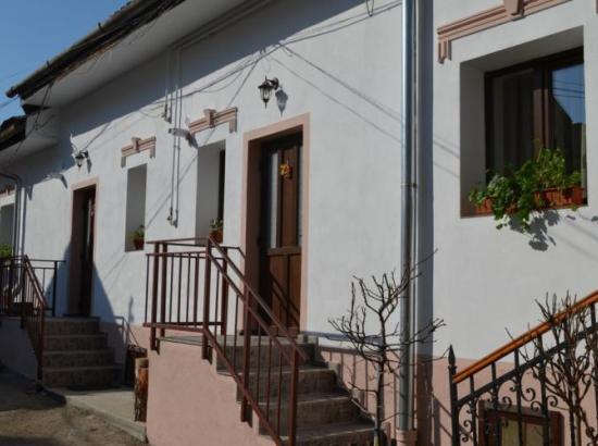 Apartament Aima