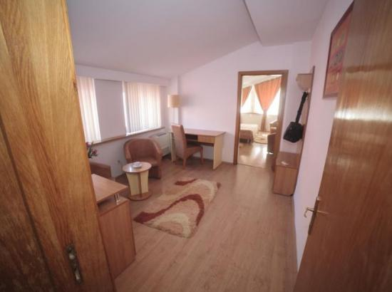 Vila Plushotel