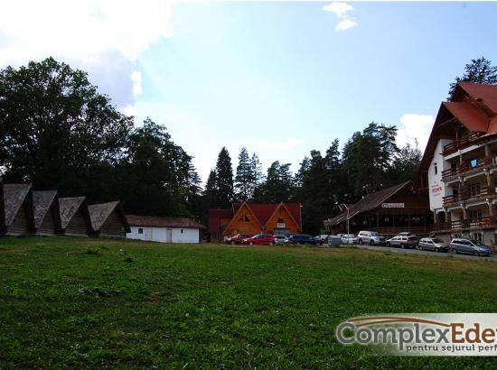 Camping si Casute Bungalow Eden