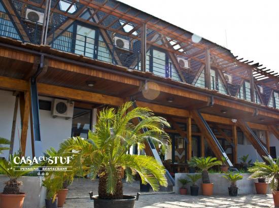 Pensiunea - Restaurant Casa cu Stuf