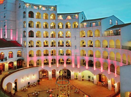 Hotel & Spa Arena Regia