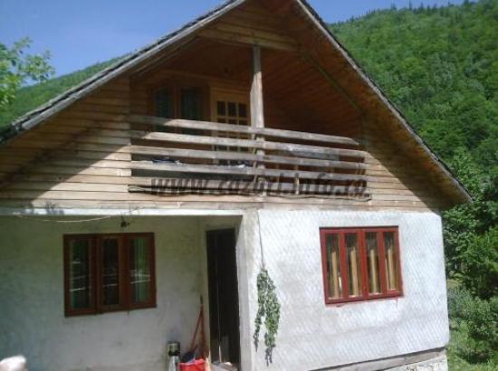 Casa de oaspeti Karisa